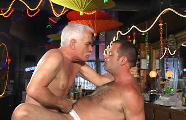 my-first-gay-daddy-sex-in-the-bar